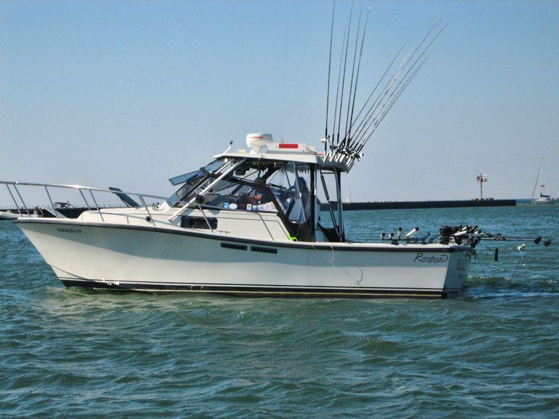 Hookedup fishing charters rochester ny captain bruce for Fishing boats ny