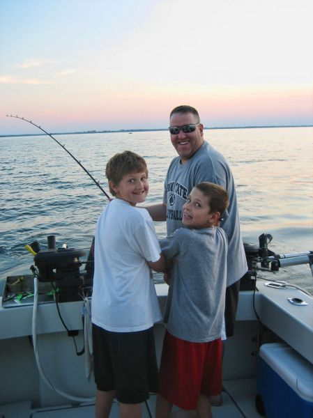 Hookedup fishing charters rochester ny captain bruce for Get fishing license online
